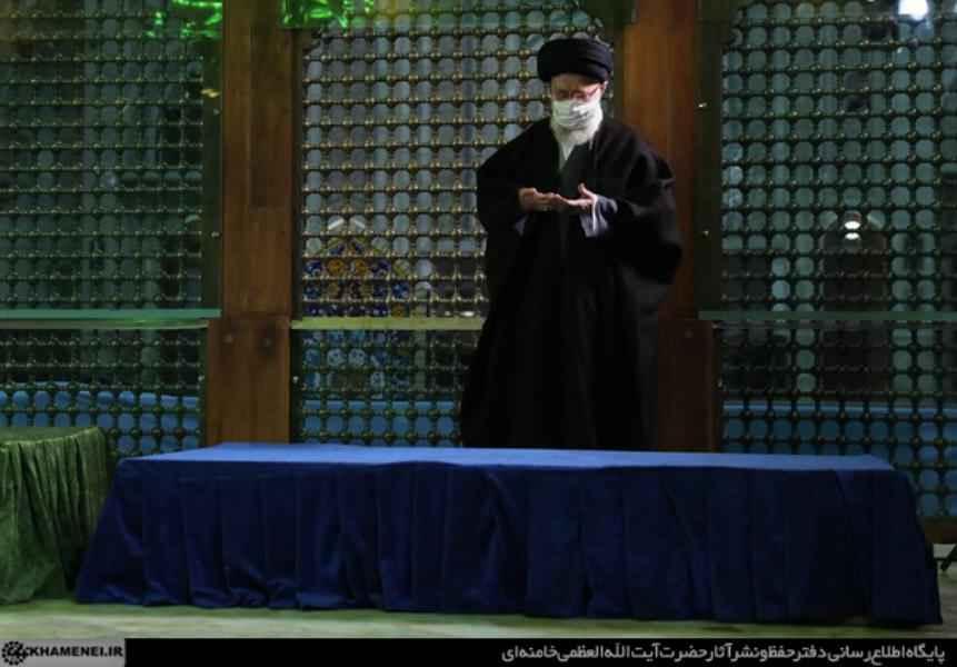 زيارة الإمام الخامنئي لمرقد الإمام الخميني وروضة الشهداء