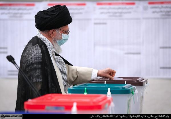 كلمة الإمام الخامنئي بعد الإدلاء بصوته في الانتخابات