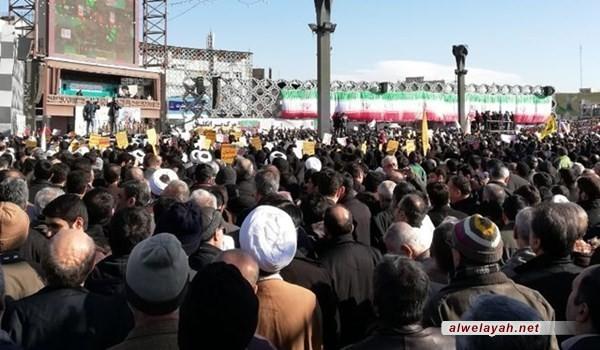 مسيرات تجديد الولاء تنطلق في طهران وسائر المدن الايرانية