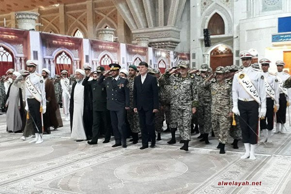 قادة مقر خاتم الأنبياء (ص) يجددون العهد مع مبادئ الإمام الخميني