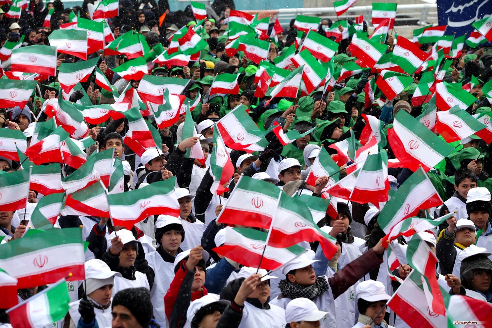 المراجع والمؤسسات يدعون الشعب للحضور الملحمي في مسيرات 11 شباط