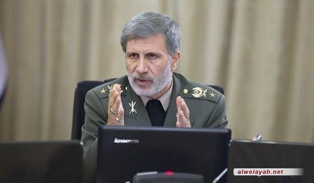 """وزير الدفاع الإيراني: صواريخ """"الشهيد سليماني"""" و """"الشهيد أبو مهدي"""" جعلت القوات المسلحة أكثر قدرة"""