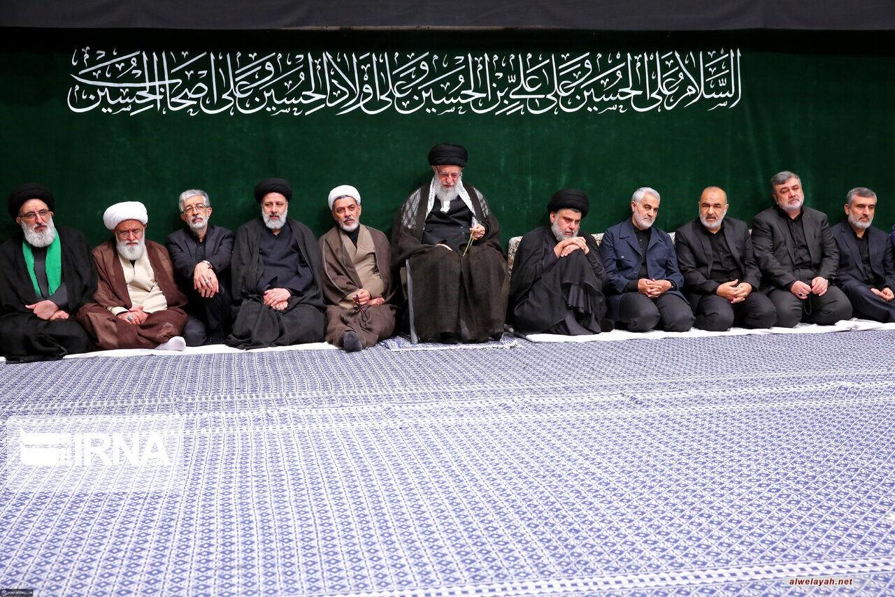 إقامة مراسم عزاء مساء عاشوراء بحضور قائد الثورة الإسلامية