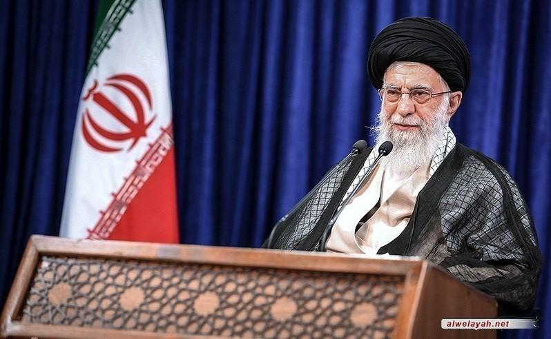 الإمام الخامنئي فی یوم الأضحى: الحظر الأمريكي على الشعب الإيراني جريمة كبيرة..ما أرادوه من الحظر لم ولن يتحقق ابداً