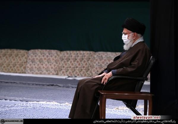 قائد الثورة الإسلامية يقيم مجلسا للعزاء بمصاب النبي الأعظم وسبطه (عليهما السلام)