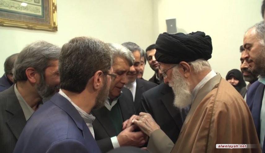 بساطة وود يثلجان الصدر.. هكذا يصف الفنانون الإيرانيون لقاءهم بقائد الثورة الإسلامية