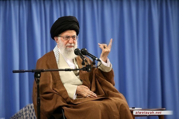 """قائد الثورة الإسلامية: أميركا وبريطانيا تريدان استعباد الشعوب الإسلامية بوثيقة """"2030"""""""