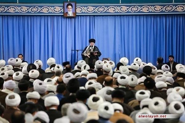 شرح الإمام الخامنئي لحديث نبويّ في مستهل بحث الخارج: الحياة فرصة لكسب الحسنات والاعتذار عن الذّنوب