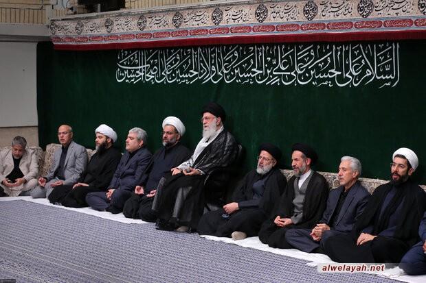 في ذكرى أربعينية الإمام الحسين (ع) قائد الثورة: انتهاج طريق الحق يؤدي إلى إصلاح البلاد والعالم