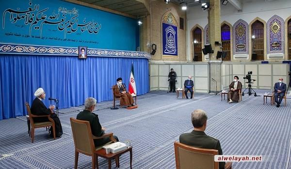 قائد الثورة الإسلامية يستقبل أعضاء اللجنة الوطنية لمكافحة كورونا