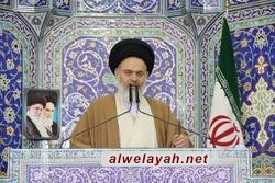 آية الله الحسيني البوشهري: لو تعرض النظام الإسلامي إلى خطر ما فان الشعب هو أول من يقوم بالدفاع عنه