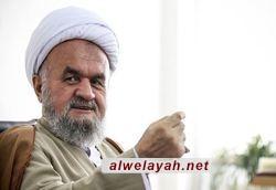 الشيخ علي إسلامي: صلابة قائد الثورة ومواقفه الشجاعة حالت دون تحقيق الأهداف الأميركية