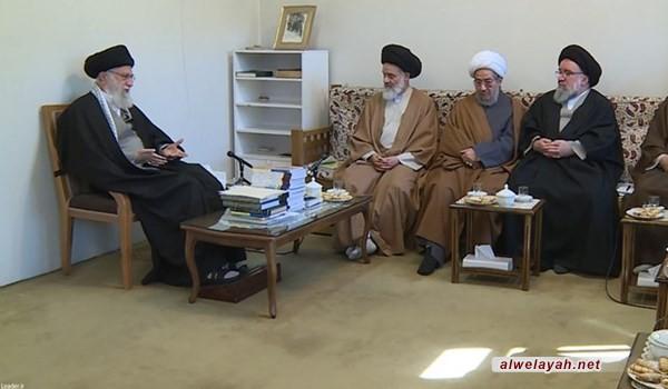 قائد الثورة الإسلامية: حماية الحماس الثوري والاعتناء بطلاب الحوزة الجدد أمر ضروري