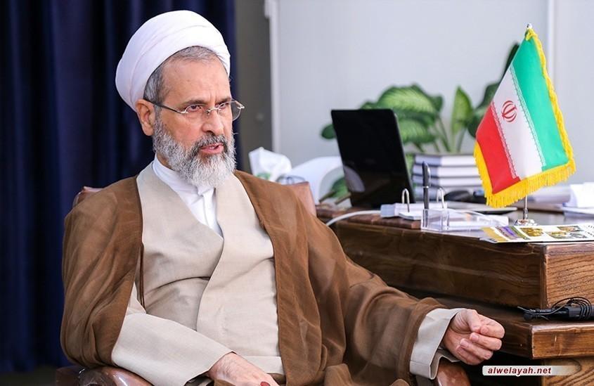 آية الله أعرافي: الثورة الإسلامية أضحت محورا للمقاومة ضد الاستكبار العالمي