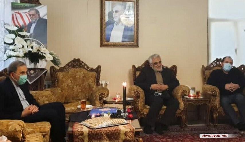 ولايتي يبلغ تعازي قائد الثورة الإسلامية لأسرة الشهيد فخري زادة