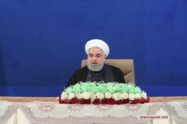 الرئيس روحاني: قائد الثورة الإسلامية أفشل مؤامرات الأعداء عقب رحيل الإمام الخميني