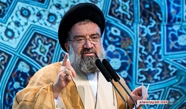 في خطبتي صلاة الجمعة بطهران؛ آية الله خاتمي: النظام السعودي نظام مجرم ولابد من محاكمته في محكمة اسلامية صالحة