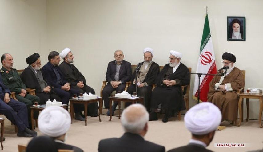 الإمام الخامنئي: لو لا تواجد علماء الدين في الساحة لما قامت الثورة الإسلامية