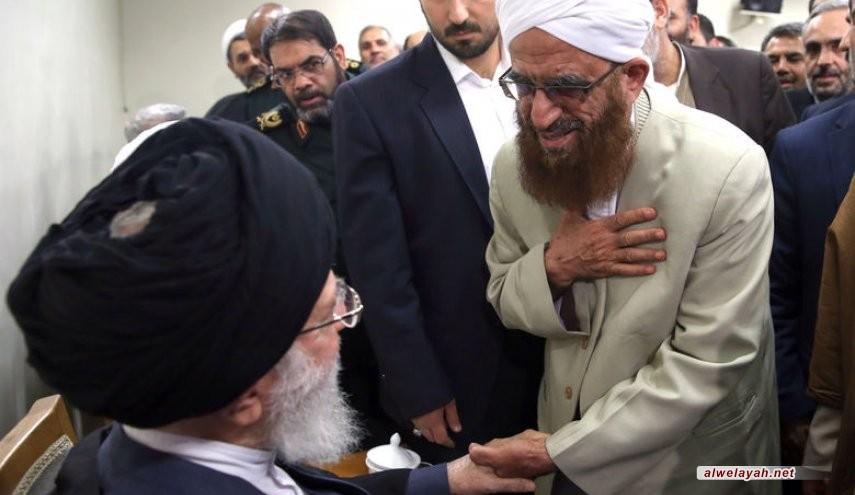 الإمام الخامنئي: الشيعة والسّنة في إيران وقفوا جنبا إلى جنب في أصعب الميادين
