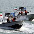 انطلاق مراسم انضمام عشرات الزوارق القتالية السريعة للقوة البحرية للحرس الثوري