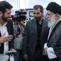 قائد الثورة الإسلامية يتفقد معرض الشركات المعرفية ويؤكد ضرورة التخلي عن الاقتصاد النفطي
