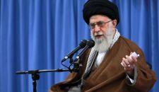 الإمام الخامنئي: لا يمكن الوثوق بأمريكا .. إيران لديها قدرة مواجهة التحديات على كل