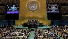 في خطابه بالأمم المتحدة؛ آبي يشيد بفتوى قائد الثورة الإسلامية عن حرمة أسلحة الدمار الشامل